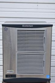 2015 SCOTSMAN F1222A-32D 1100 lb AIR COOLED FLAKE ICE MACHINE